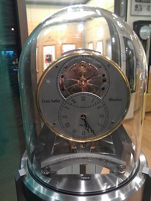 Нажмите на изображение для увеличения Название: Часы за 72000 евро.jpg Просмотров: 169 Размер:90.9 Кб ID:90