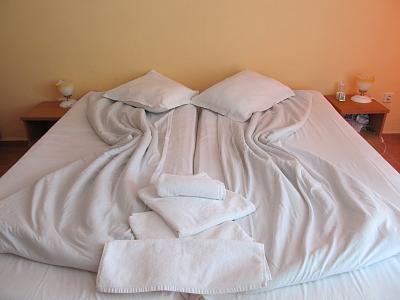 Нажмите на изображение для увеличения Название: Отель Pliska в Болгарии - спальня.jpg Просмотров: 84 Размер:85.1 Кб ID:129