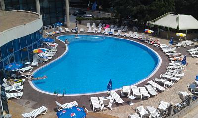 Нажмите на изображение для увеличения Название: Отель Елена - бассейн.jpg Просмотров: 82 Размер:99.5 Кб ID:140